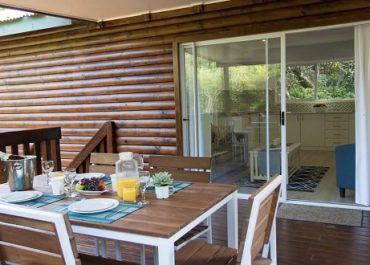 Mseni-Accommodation-FamilyCottage-External