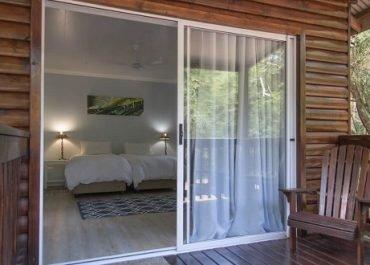 Mseni-Accommodation-ForestViewCottage-External