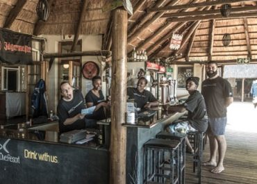 Blue Ocean dive resort restaurant on deck